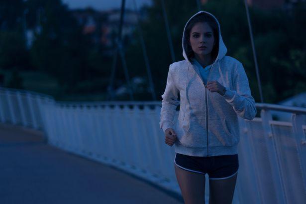 Thời gian chạy bộ vào buổi tối có tốt không?